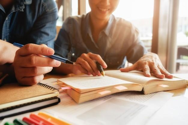 Çocuğumuzu Ders Çalışmaya Nasıl Teşvik Ederiz?