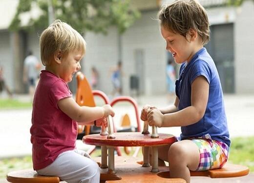 Çocuklarda Sosyal Beceri Nasıl Geliştirilir?